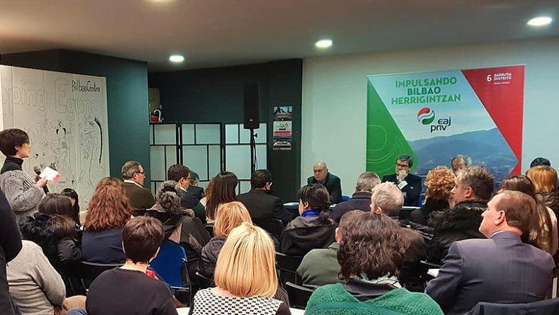 Juan Mari Aburto se reúne con más de 500 personas en los encuentros por los 8 Distritos de Bilbao